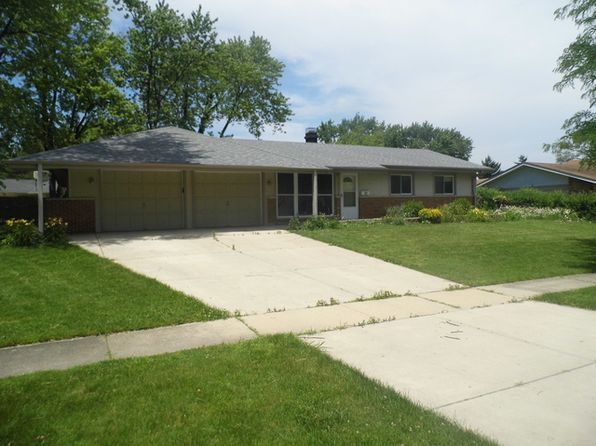 3 bed 2 bath Single Family at 420 Westview St Hoffman Estates, IL, 60169 is for sale at 225k - 1 of 25