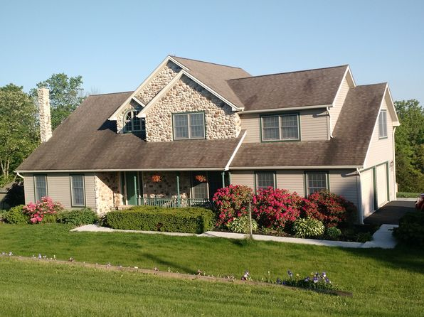 4 bed 4 bath Single Family at 170 Locust Grove Rd Dillsburg, PA, 17019 is for sale at 390k - 1 of 11