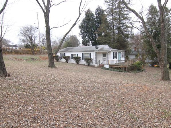 3 bed 1 bath Single Family at 4302 Lela Ave NE Roanoke, VA, 24019 is for sale at 75k - 1 of 2