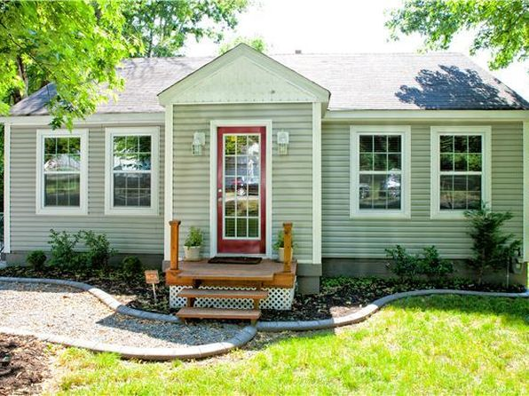 2 bed 2 bath Single Family at 1607 JEWELL ST NASHVILLE, TN, 37207 is for sale at 275k - 1 of 17