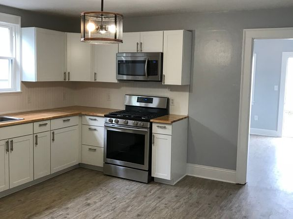 3 bed 1 bath Single Family at 1118 HULLVIEW AVE NORFOLK, VA, 23503 is for sale at 169k - 1 of 20