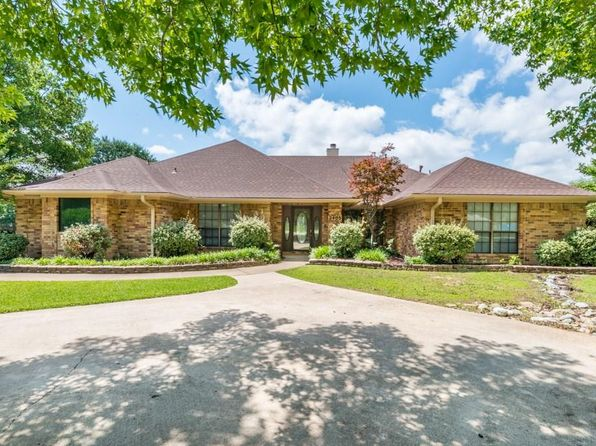 4 bed 3 bath Single Family at 2405 Hillside Ct Southlake, TX, 76092 is for sale at 579k - 1 of 32