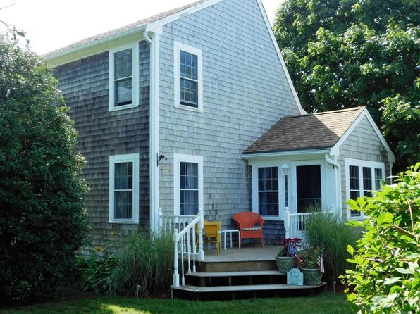 2 bed 1 bath Single Family at 61 HARBOR VIEW RD BARNSTABLE, MA, 02630 is for sale at 649k - 1 of 26