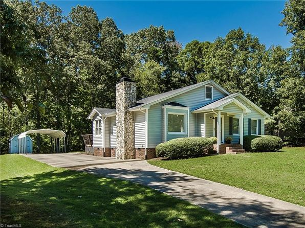 3 bed 2 bath Single Family at 3615 Lakeshore Dr High Point, NC, 27265 is for sale at 139k - 1 of 29