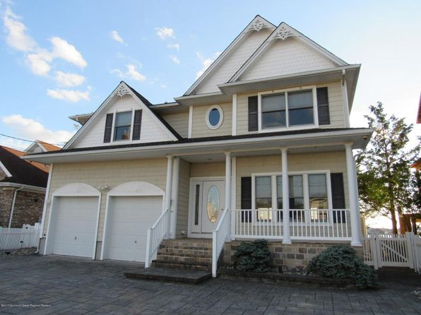 4 bed 3 bath Single Family at 10 Starboard Ct Brick, NJ, 08723 is for sale at 600k - 1 of 53