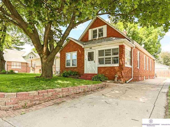 2 bed 3 bath Single Family at 4228 F St Omaha, NE, 68107 is for sale at 155k - 1 of 54