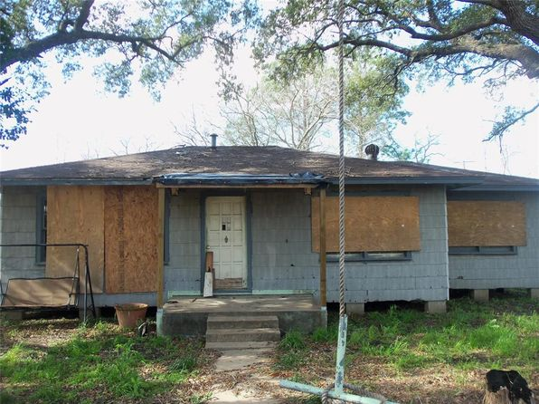 2 bed 1 bath Single Family at 239 Avenue E Van Vleck, TX, 77482 is for sale at 27k - 1 of 6