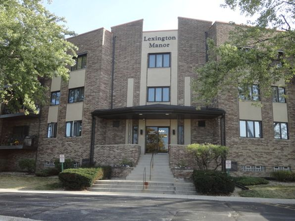 2 bed 2 bath Condo at 7100 W 95th St Oak Lawn, IL, 60453 is for sale at 119k - 1 of 27