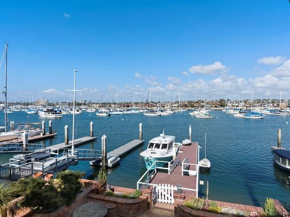 6 bed 5 bath Single Family at 1420 W BAY AVE NEWPORT BEACH, CA, 92661 is for sale at 6.40m - 1 of 27