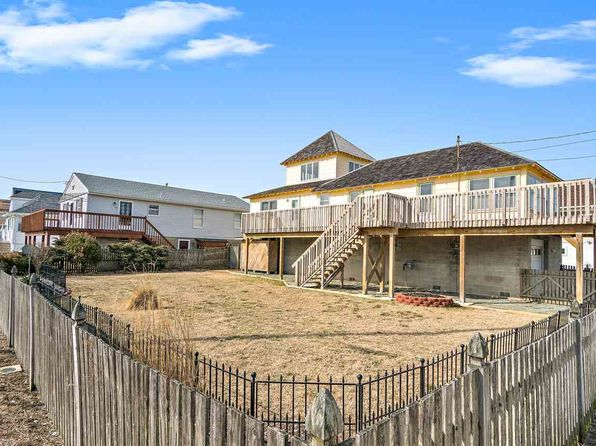 3 bed 2 bath Single Family at 640 W Pine Ave West Wildwood, NJ, 08260 is for sale at 269k - 1 of 25