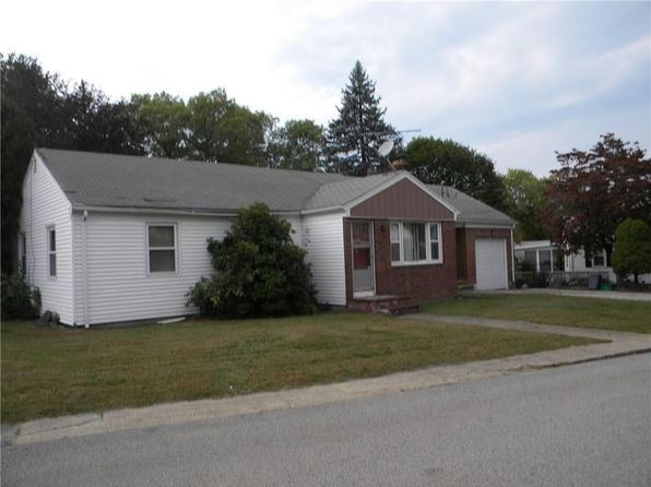 3 bed 2 bath Single Family at 3 Arnold Dr Johnston, RI, 02919 is for sale at 199k - 1 of 12