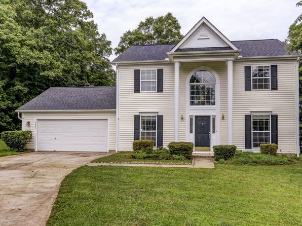 3 bed 3 bath Single Family at 1905 Safflower Cir Charlotte, NC, 28262 is for sale at 174k - 1 of 28