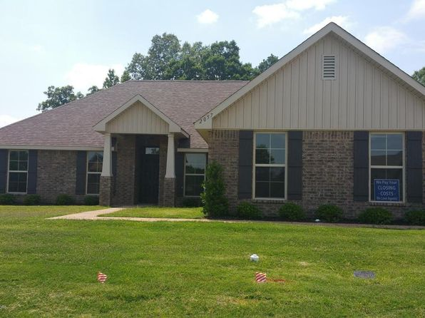 3 bed 2 bath Single Family at 2635 Madeline Ln Southaven, MS, 38672 is for sale at 186k - 1 of 10