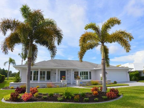 3 bed 3 bath Single Family at 944 S Gondola Dr Venice, FL, 34293 is for sale at 375k - 1 of 25