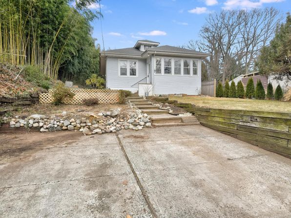 3 bed 2 bath Single Family at 228 Linden Ave Highlands, NJ, 07732 is for sale at 270k - 1 of 44