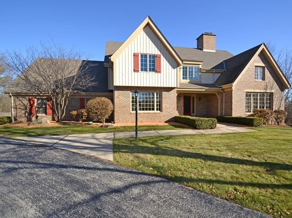 5 bed 4 bath Single Family at 1140 Briarcliff Trl Brookfield, WI, 53045 is for sale at 600k - 1 of 25