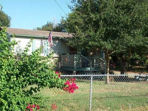 2 bed 1 bath Single Family at 117 Lake St Lake City, TX, 78368 is for sale at 44k - 1 of 7