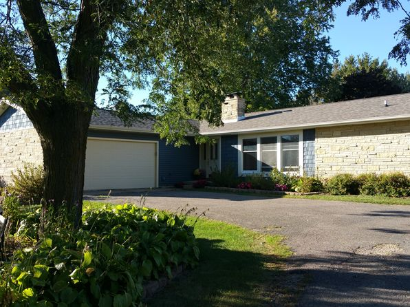 5 bed 3 bath Single Family at 12452 Knollwood Rd Caledonia, MN, 55921 is for sale at 205k - 1 of 35