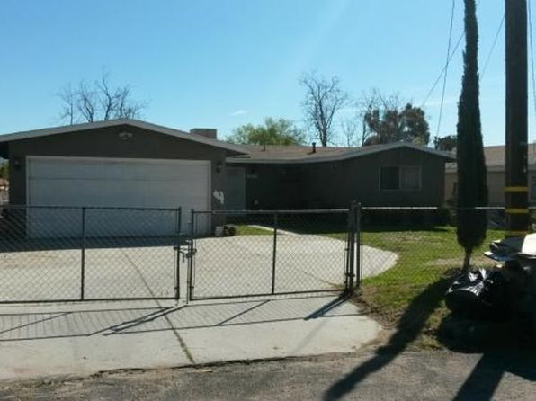 3 bed 1 bath Single Family at 3207 Bronson St San Bernardino, CA, 92407 is for sale at 145k - 1 of 10