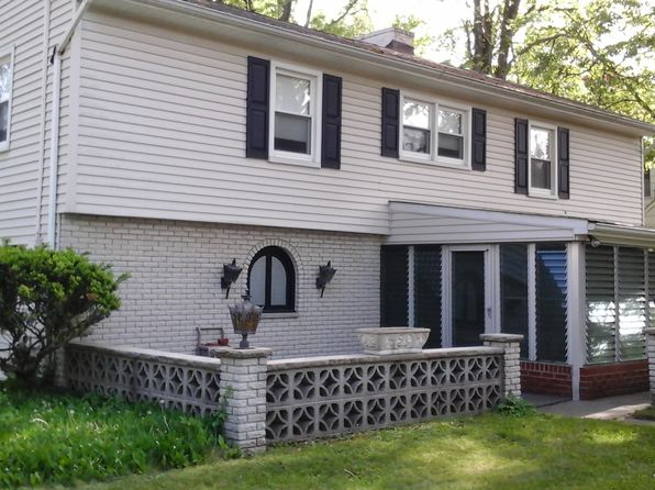 3 bed 3 bath Single Family at 104 Kenilworth Blvd Cranford, NJ, 07016 is for sale at 496k - 1 of 23