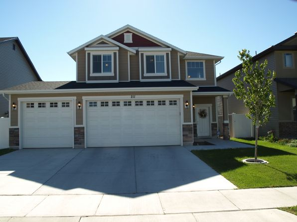 3 bed 2.5 bath Single Family at 211 Boston Dr North Salt Lake, UT, 84054 is for sale at 320k - 1 of 11