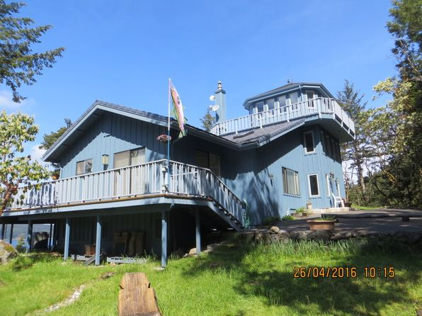 3 bed 3 bath Single Family at 271 Shore Dr Eastsound, WA, 98245 is for sale at 855k - 1 of 8