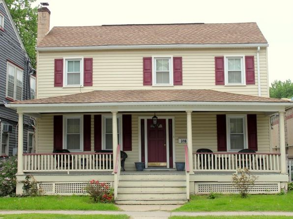 3 bed 2 bath Single Family at 316 Water St Belvidere, NJ, 07823 is for sale at 108k - 1 of 12