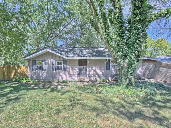 3 bed 1 bath Single Family at 2706 High Ct Urbana, IL, 61802 is for sale at 110k - 1 of 28