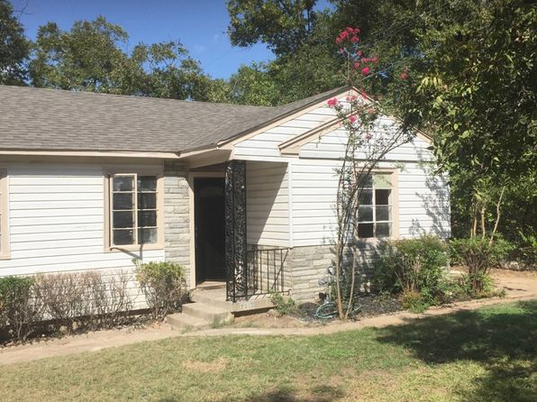 3 bed 1 bath Single Family at 2213 Graham St Grand Prairie, TX, 75050 is for sale at 130k - 1 of 7