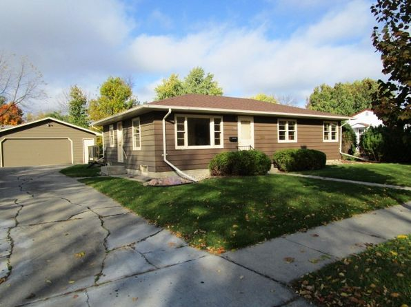3 bed 2 bath Single Family at 924 6th St SE Willmar, MN, 56201 is for sale at 135k - 1 of 21