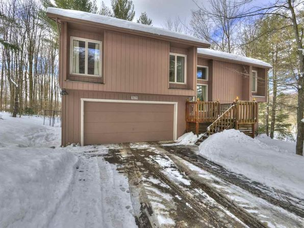 4 bed 3 bath Single Family at 3079 Lamp Post Ln Traverse City, MI, 49685 is for sale at 225k - 1 of 88
