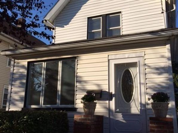 3 bed 2 bath Single Family at 9 Westbrook Ave Staten Island, NY, 10303 is for sale at 399k - 1 of 9