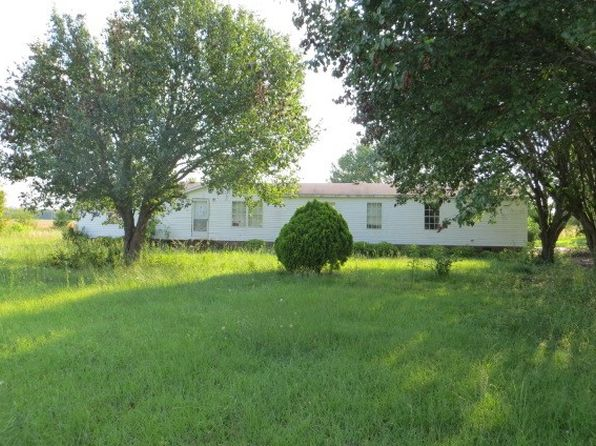3 bed 2 bath Mobile / Manufactured at 819 Country Manor Ln Bennettsville, SC, 29512 is for sale at 19k - 1 of 23