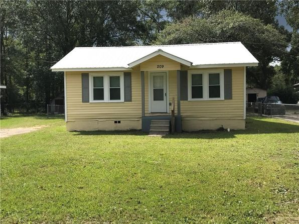 2 bed 1 bath Single Family at 209 Viola Ave Saraland, AL, 36571 is for sale at 55k - 1 of 12