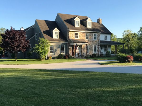 6 bed 4 bath Single Family at 6 Markley Ln Malvern, PA, 19355 is for sale at 1.04m - 1 of 52