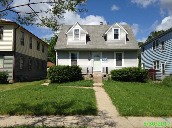 2 bed 1 bath Single Family at 5915 N 69th St Milwaukee, WI, 53218 is for sale at 38k - 1 of 3