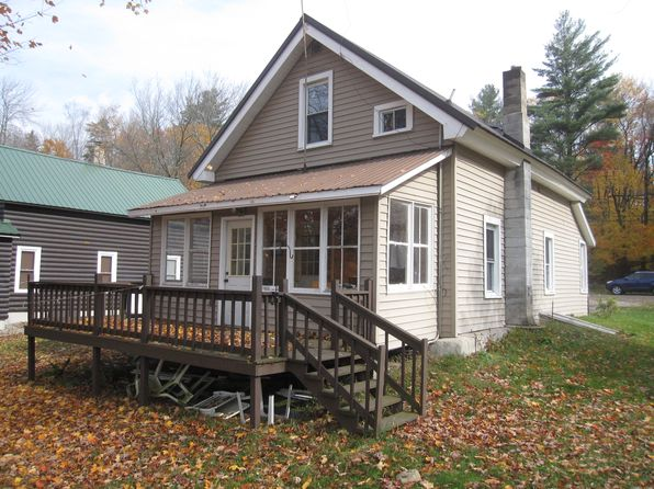 3 bed 1 bath Single Family at 1 E Shore Rd Stratford, NY, 13470 is for sale at 139k - 1 of 8