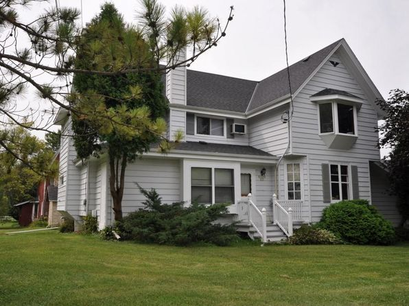 2 bed 1 bath Multi Family at N95W23295 County Line Rd Colgate, WI, 53017 is for sale at 290k - 1 of 10