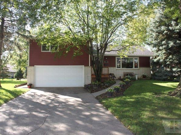 4 bed 3 bath Single Family at 1227 1st Ave SE Sioux Center, IA, 51250 is for sale at 199k - 1 of 34