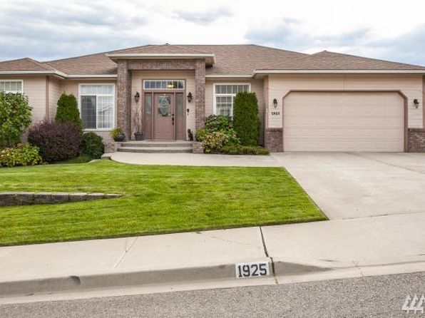3 bed 2 bath Single Family at 1925 Hideaway Pl Wenatchee, WA, 98801 is for sale at 355k - 1 of 21