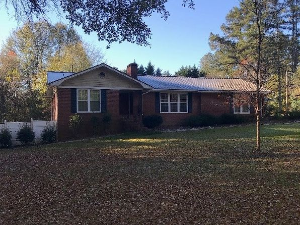 6 bed 3 bath Single Family at 80 W Fairlawn Dr Carrollton, GA, 30117 is for sale at 186k - google static map