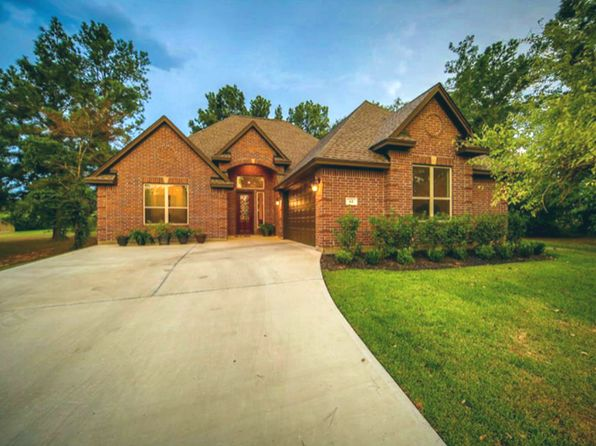 3 bed 3 bath Single Family at 61 Wick Willow Rd Montgomery, TX, 77356 is for sale at 300k - 1 of 21