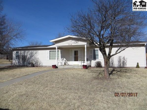 4 bed 2 bath Single Family at 1114 W 8th St Pratt, KS, 67124 is for sale at 93k - 1 of 16