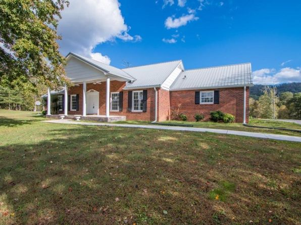 3 bed 2 bath Single Family at 1935 Halls Valley Rd Trion, GA, 30753 is for sale at 325k - 1 of 36