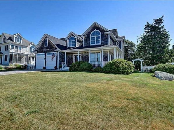 3 bed 4 bath Single Family at 8 W Fairway Ave Westerly, RI, 02891 is for sale at 698k - 1 of 46