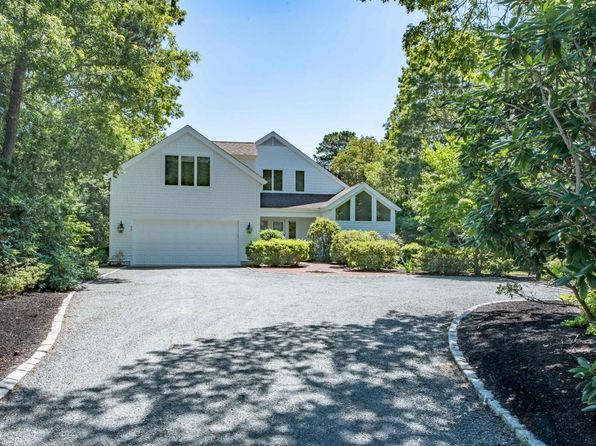 4 bed 5 bath Single Family at 45 The Hts Mashpee, MA, 02649 is for sale at 840k - 1 of 17