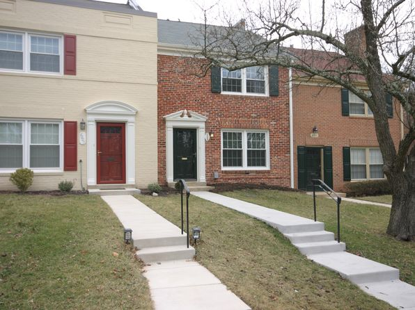 2 bed 2 bath Townhouse at 6009 Waterbury Ct Springfield, VA, 22152 is for sale at 399k - 1 of 17