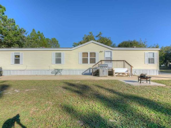 3 bed 2 bath Single Family at 2739 Galleon Dr Navarre, FL, 32566 is for sale at 129k - 1 of 27