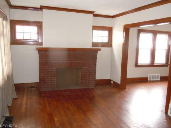 2 bed 1 bath Single Family at 3480 W 120th St Cleveland, OH, 44111 is for sale at 68k - 1 of 11