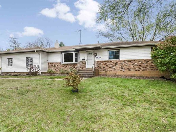 3 bed 3 bath Single Family at 1208 Wylde Green Rd Iowa City, IA, 52246 is for sale at 250k - 1 of 25